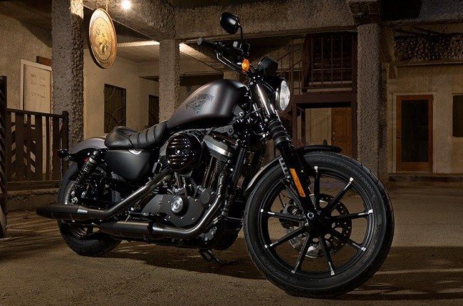 Harley Davidson Dark Custom models launched http://blog.gaadikey.com/harley-davidson-dark-custom-models-launched/