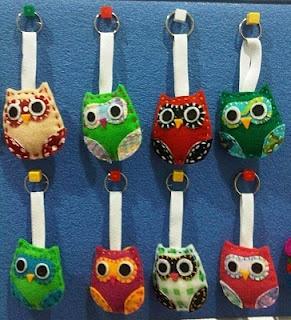 Life is like a rainbow: Felt Craft: Owlie Keychain
