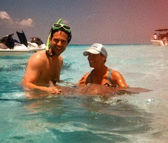 Καλομοίρα: Χαλαρές στιγμές με το σύζυγο στην Καραϊβική