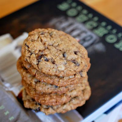 Thomas Keller/Bouchon Oatmeal Raisin Cookies