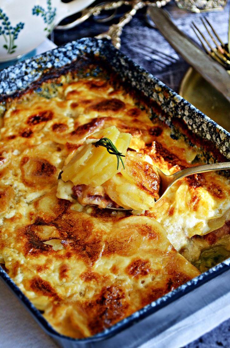 Francia kremes rakott krumpli