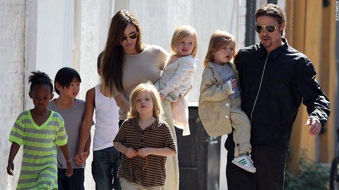 Brad Pitt không các con ảo tưởng: Angelina Jolie và tôi đã kết thúc!