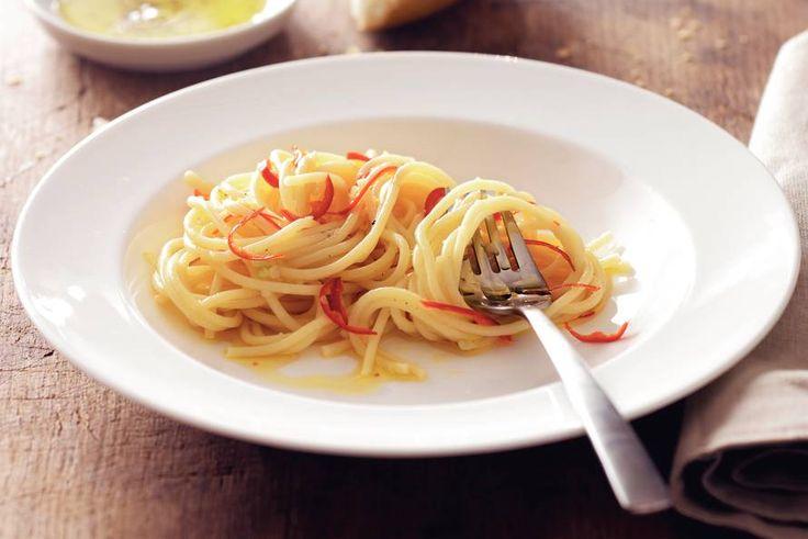 spaghetti all' olio ( smaakt nergens zo lekker als in Italia )