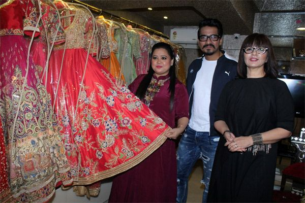 Aww! Bharti Singh and Harsh Limbachiyaa were spotted shopping for their wedding trousseau together – view pic #FansnStars