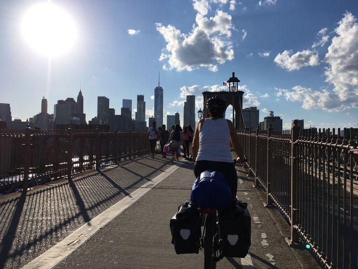 Brooklyn Bridge. NY