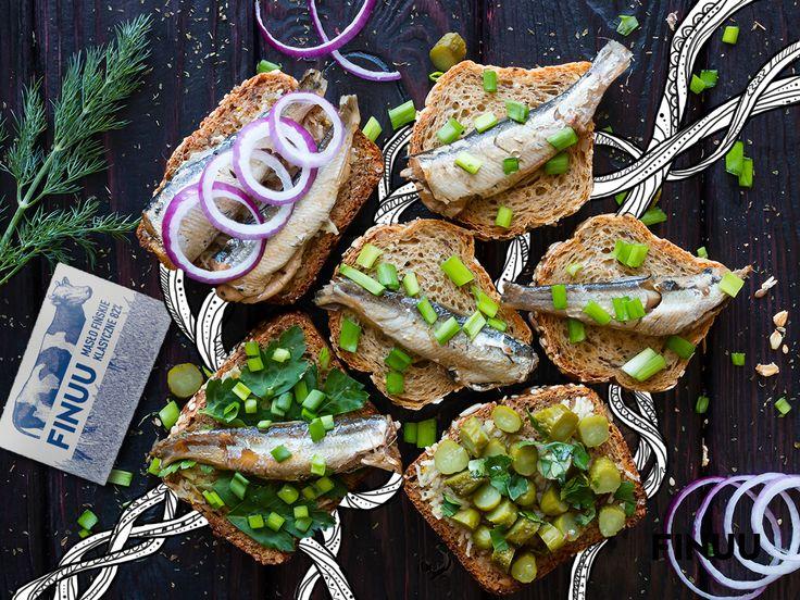 Szprotki, bogactwo retinolu - witaminy młodości - to jeden z ulubionych przysmaków Finów! #finuu #szprotki #fish #breakfast #sniadanie #inspiracja #food