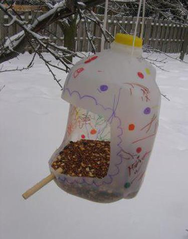plastic container craft ideas how to recycle plastic bottles for bird feeders creative 5216
