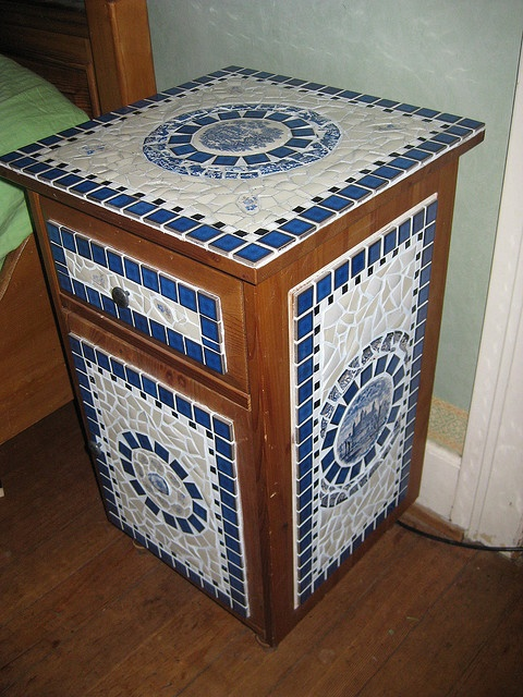 End table mosaic