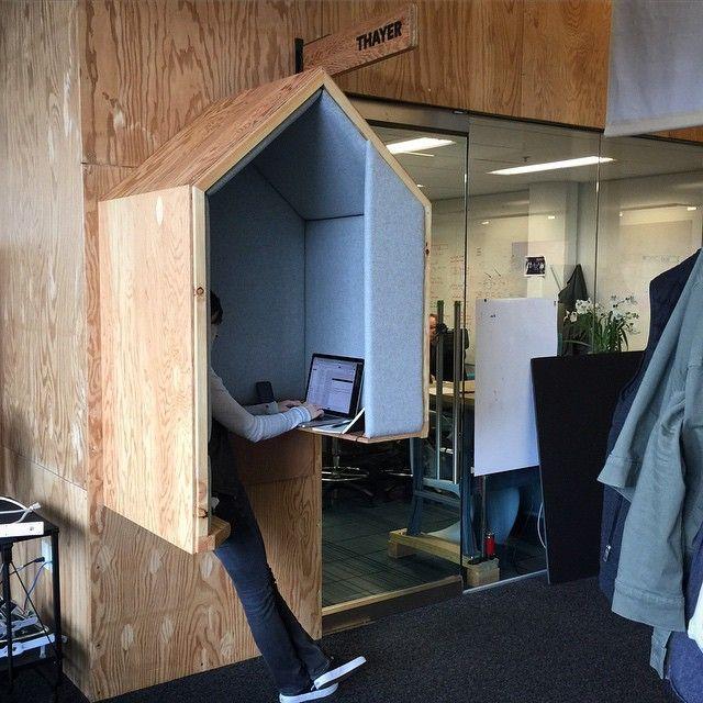 Inspiration / Aménagement + mobilier / Téléphone booth