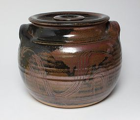 Winchcombe Ray Finch Studio Pottery large casserole