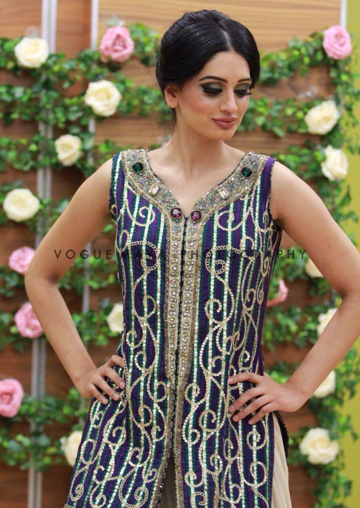 Pakistani fashion #kurta Vogue Maya Photography  @voguemaya  www.facebook.com/voguemayaphotography  www.voguemaya.tumblr.com  www.voguemaya@gmail.com