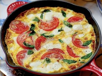 "Pinned this earlier from someone else, but found I couldn't get to recipe...so I googled it and found it here....deaf will try...looks delicious...""Mozzarella-Tomato-Basil Frittata"" from Cookstr.com #cookstr"