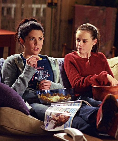 10 Reasons To Watch Gilmore Girls (Again) When It Comes To Netflix #refinery29  http://www.refinery29.com/2014/09/74313/gilmore-girls-netflix
