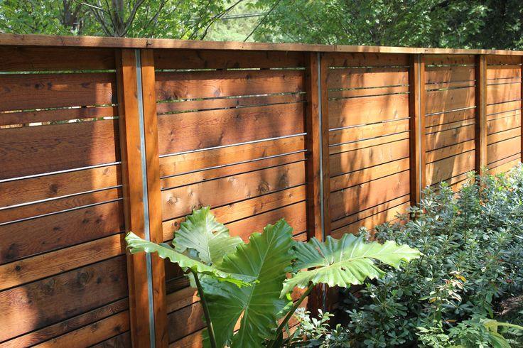 Modern fence design by Harold Leidner Landscape Architects. #modern fence