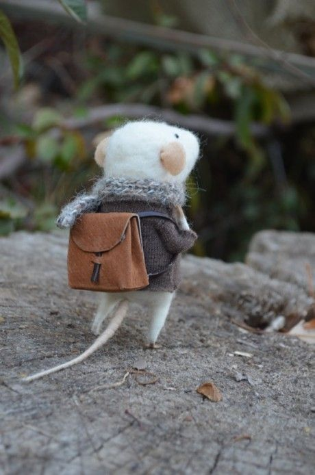 little traveller mouse, felting dreams, etsy