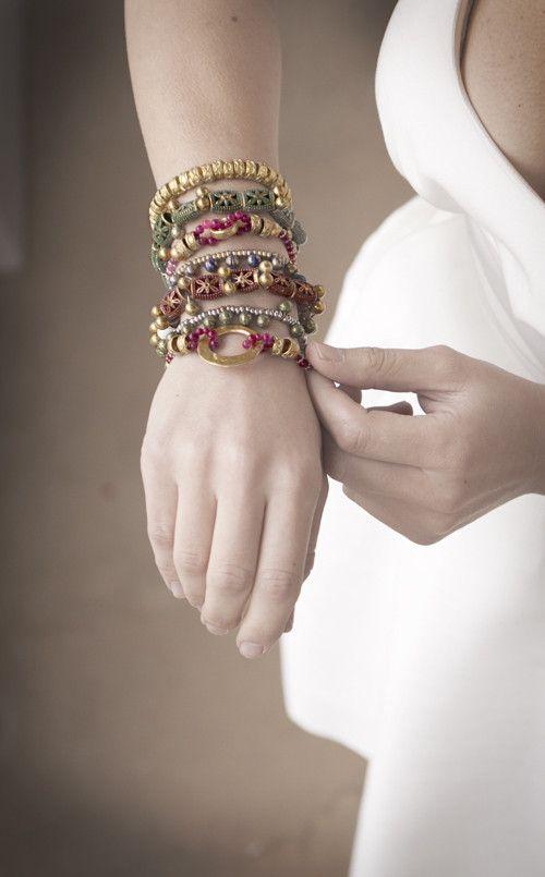 Sophia d'Oro bronze jewelry handcrafted bronzen sieraden. Braceletes   Necklaces  Broches