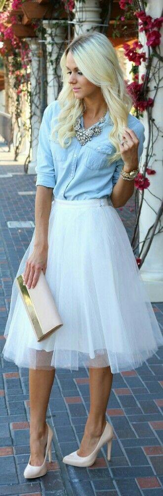 Tulle Skirt+blue sky blouse// falda de tul+blusa azul cielo