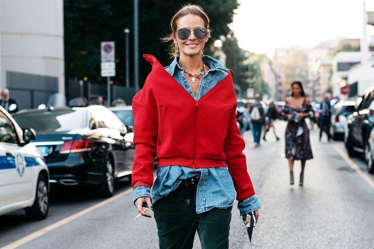 ただ今、ミラノで開催中の2017年春夏コレクション。プラダ、グッチ、ミュウミュウなど、ファッショニスタが夢中になる人気ブランドは一体どれ? ファッションフォトグラファーのセーレンと共に、ストリートの様子を集めてみました。