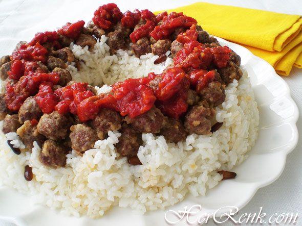 Ali Paşa Pilavı-ramazan pilavı,özel pilav tarifleri,köfteli,ramazan yemekleri,iftar yemekleri,davet pilavları,misafir için yemekler,et yemekleri,davet menüsü,kalabalık misafir menüsü,