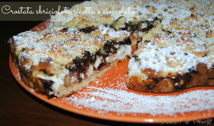 Crostata sbriciolata con ricotta e cioccolato fondente