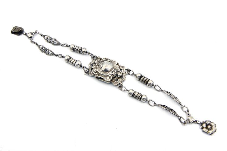 Art Nouveau Silver Bracelet, Antique 1920s Jewelry, Repousse Flowers Design, Chain Link Bracelet, Belle Epoque Jewelry, Wedding Bracelet, Valentines Day Gift, Edwardian Bracelet, Bridal Jewelry, Puffed Shield Bracelet, Embossed Floral Bracelet, Baroque Jewelry, Sweetheart
