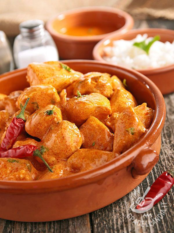 Stew curry and chilli - È sempre l'ora giusta per mettersi ai fornelli, dedicare un po' di tempo alla cucina e preparare un delizioso Spezzatino al curry e peperoncino! #spezzatinoalcurry