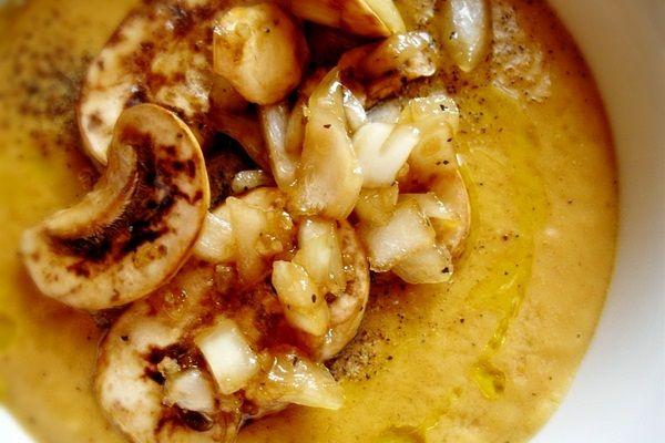 Recipe: Raw Marinated Mushroom SoupRaw Soup, Olive Oil, Marines Mushrooms, Raw Food Recipes, Raw Vegan, Marinated Mushrooms, Mushrooms Soup, Mushroom Soup, Vegan Soup