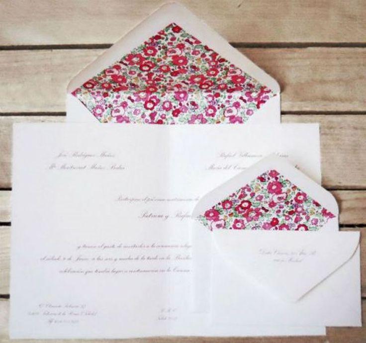 Tarjetas de invitación ecológicas para bodas de estilo rústico en tonos cálidos y blancos. Descubre la selección Zankyou de las mejores empresas de invitaciones y detalles para bodas en nuestro directorio. ¡Encontrarás el diseño que buscas!