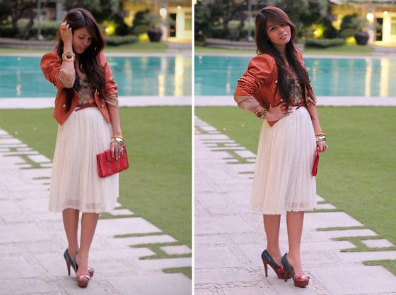 Denim & Leather (by Cheyser Pedregosa) http://lookbook.nu/look/2716867-Denim-Leather: Skirts, Wardrobes, Party Looks, Leather Jackets
