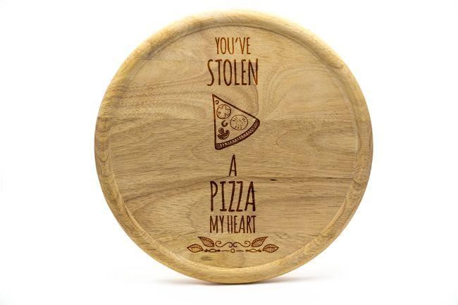 Pizzateller aus Buchenholz mit fertigen Motiven. Günstige Pizzateller mit fertigen Designs. Jetzt bestellen mit fertigen Designs.