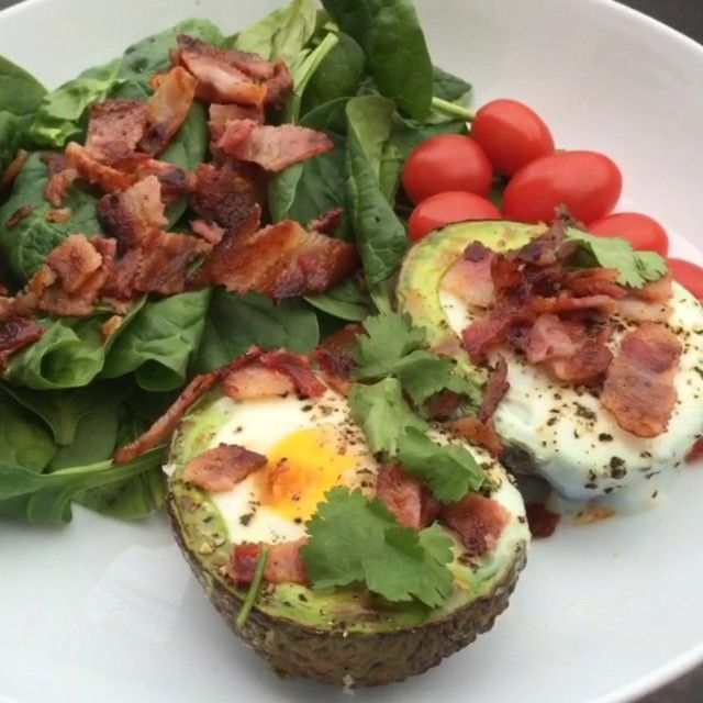 """""""Try these fatty little baked avocados with bacon #Leanin15 #FatsMe #Breakfast"""""""