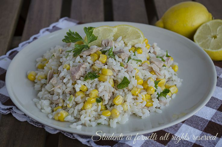 insalata di riso tonno limone e mais leggera fresca estiva veloce ricetta primo