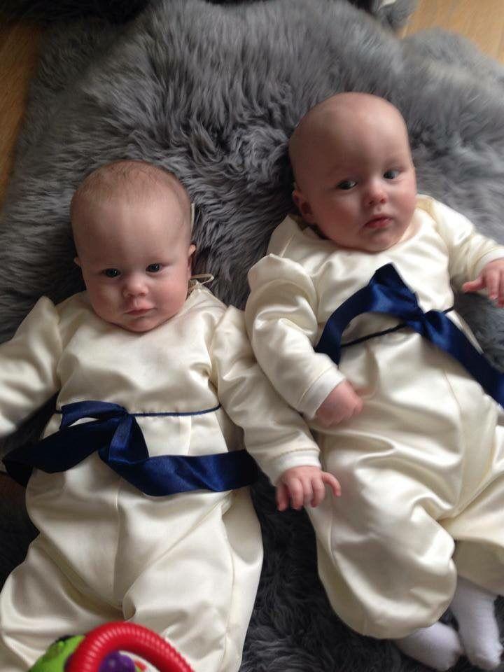Dåbsdragter i brudesatin