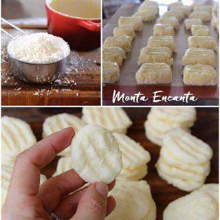 Deliciosos SEQUILHOS SEM GLÚTEN - receita de hj 😀http://www.montaencanta.com.br/biscoitos-e-cookies/como-fazer-sequilhos-sem-gluten/ #sequilhos #semgluten #biscoito #bolacha