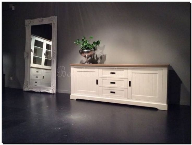 25 beste idee n over dressoir spiegel op pinterest for Decoratie naast tv