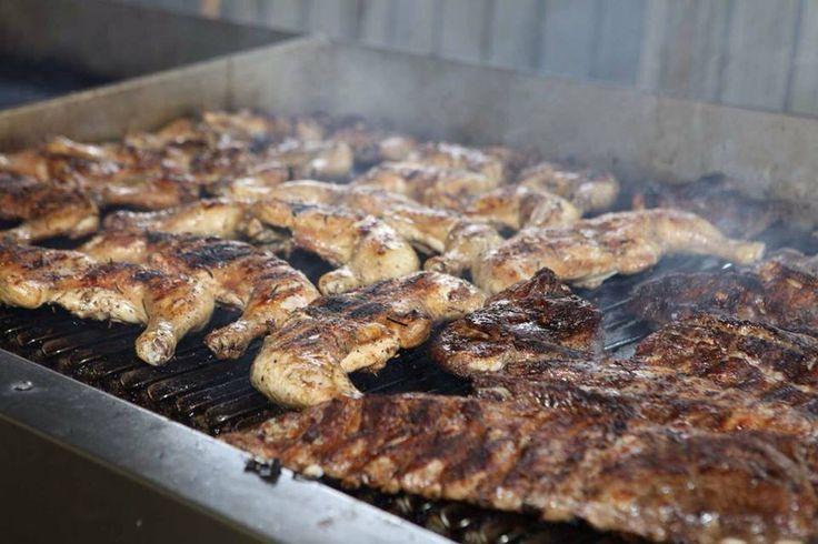 Al via #festaSanGiuseppe di Vicenza, zona Mercato Nuovo. Aspettiamo con ansia il 30 aprile perché adoriamo la carne cotta ai ferri!