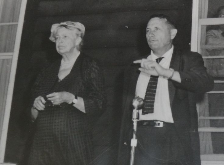 A comparison of human rights activism of eleanor roosevelt and martin luther king jr
