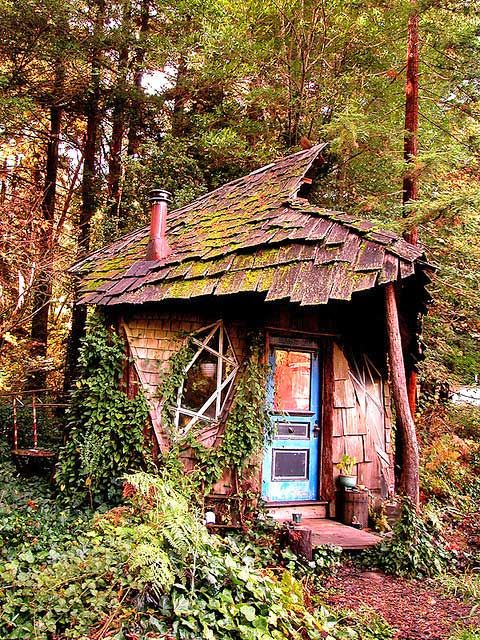 Fairy Tale House In Georgia. Looks Like A Little Cottage Where You Might  Find A Trio Of Fairies Hiding Sleeping Beauty From The Wicked Queen.