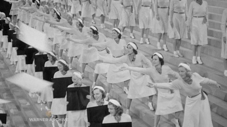 Varsity Show (1937) – Busby Berkeley Finale