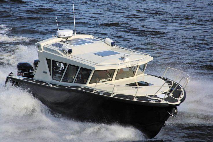 Les 12 meilleures images du tableau bateaux sur pinterest for Best small cabin boats