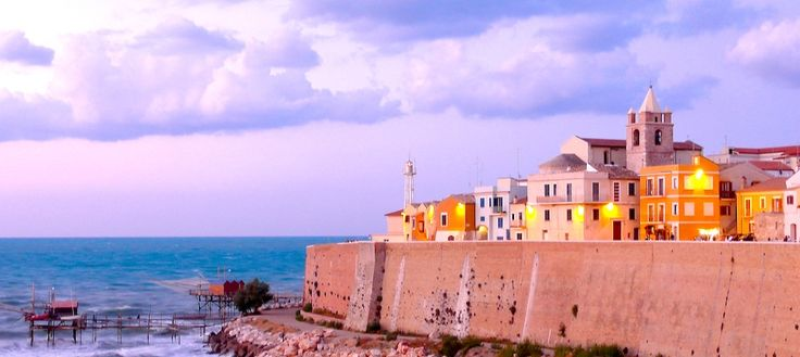 This is #Termoli, a charming town of #Molise. You can easily reach it from Marinelle, a touristic and residential plot #forsale only 7km away. Send us an email for more details: marinelle.info@gmail.com #Italy