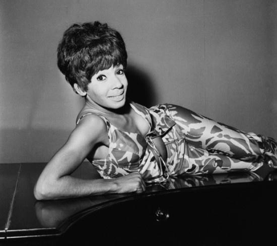 Shirley Bassey (1965)