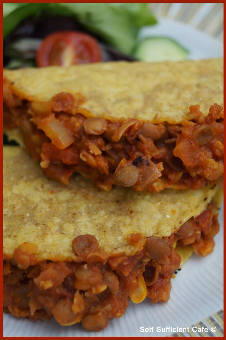 Self Sufficient Cafe: Specials Board: Chickpea & Lentil Taco's