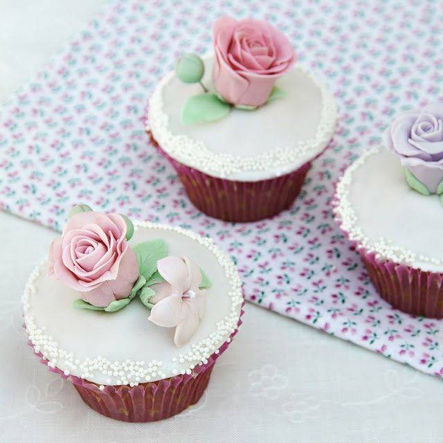Cool Decorated Cupcakes