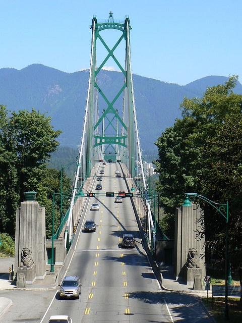 Lions Gate Bridge, Vancouver by