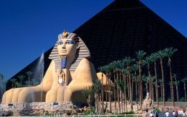 WALLPAPERS HD: Luxor Hotel and Casino, Las Vegas