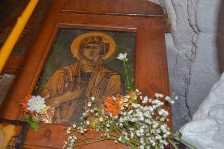 Η θαυματουργός Αγία Παρασκευή (26 Ιουλίου)   Το σπιτάκι της Μέλιας