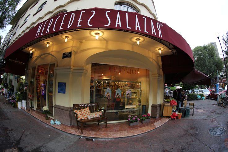 Virgilio 9 esquina Oscar Wilde Polanco México D.F. Nuestra primera tienda en México!