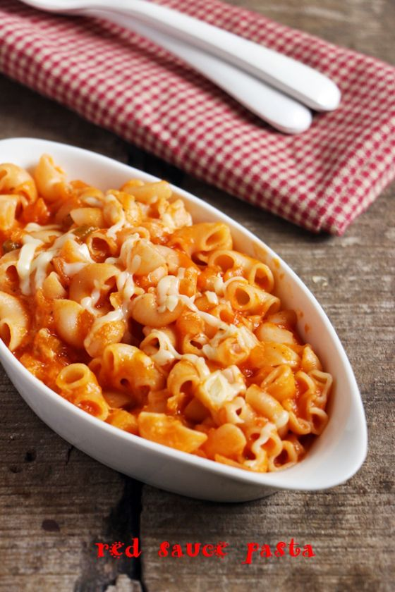 Pasta in red sauce, creamy, rich and delicious pasta with vibrant and fresh sauce!  Recipe @ http://cookclickndevour.com/pasta-in-red-sauce-recipe-red-sauce-pasta-recipe  #cookclickndevour #recipeoftheday #pastarecipes