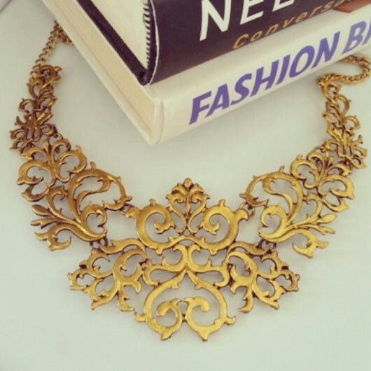 Vintage Goth statement necklace. Follow us for fashion inspiration IG: @zulululu_lookbook